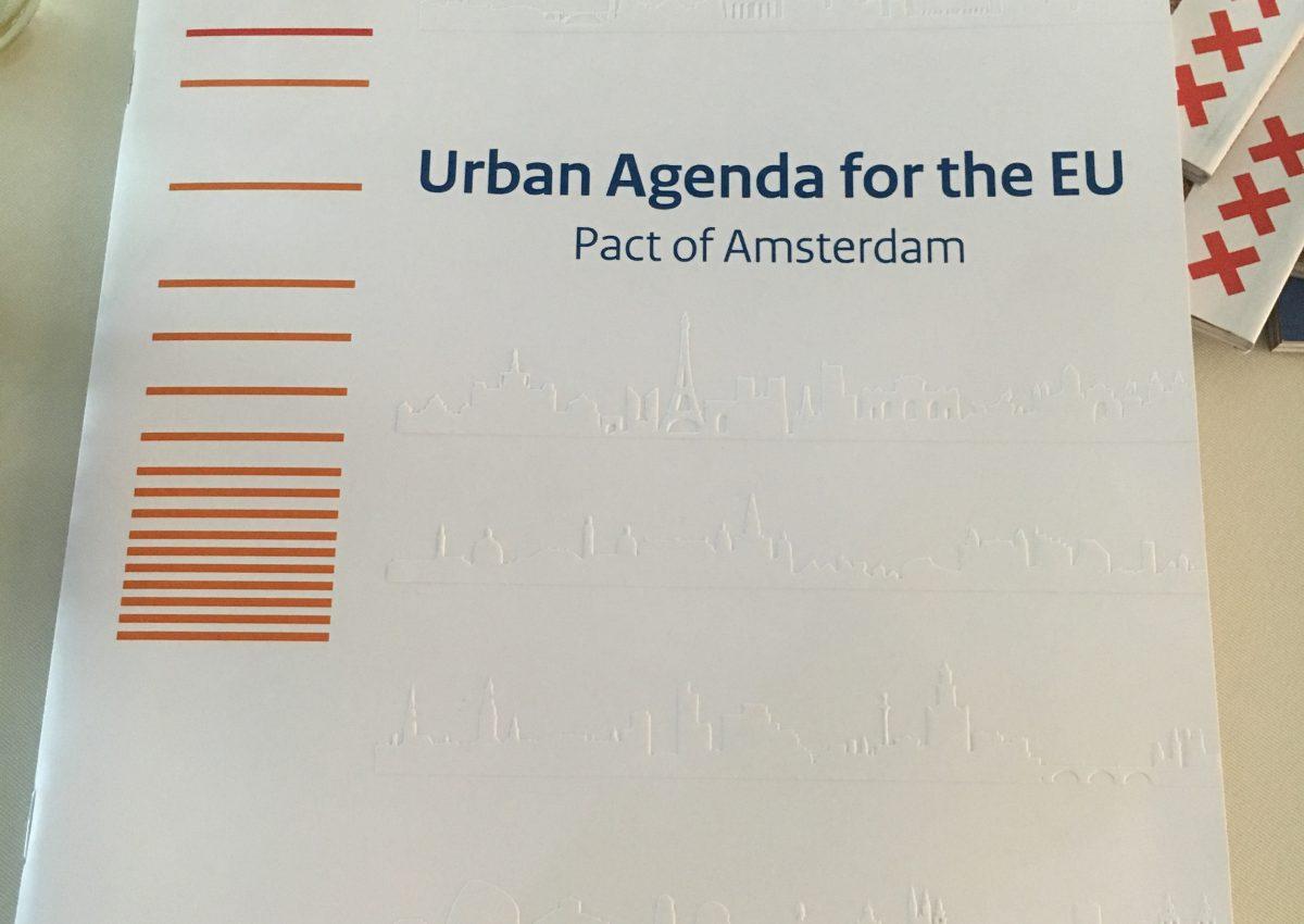 Wat is het EU 'Pact of Amsterdam' – en wat hebben steden eraan?